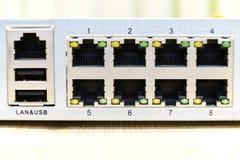 LAN-port för tillbaka sida, tillbaka sida för Router, tillbaka sida av det trådlösa modemet Arkivbilder