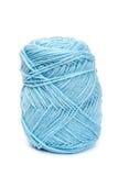 Lanas azules del hilado para hacer punto Imagen de archivo