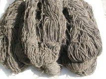 Lanas de las ovejas en una madeja fotografía de archivo libre de regalías