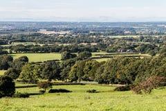 Lancashire-Ackerland, das den Abstand untersucht Stockfotos
