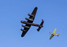 Lancaster bombplan och gatuförsäljare Hurricane Fighter Royaltyfri Fotografi