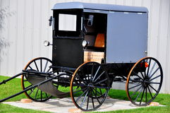 Lancaster County, PA: Traditional Amish Buggy Royalty Free Stock Photos