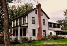 Lancaster PA: den 19th århundradesläktklenoden kärnar ur byggnad Arkivfoton