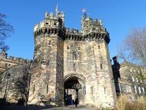 Lancaster slott, en medeltida slott i Lancaster i det engelska länet av Lancashire royaltyfri foto