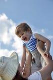 Lance a un niño Fotos de archivo
