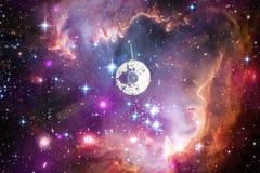Lancement de vaisseau spatial dans l'espace Beauté d'espace extra-atmosphérique photos stock