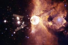 Lancement de vaisseau spatial dans l'espace Beaut? d'espace extra-atmosph?rique illustration stock