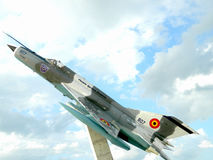 Lancero del MiG 21 fuera de servicio, utilizado como decoración, cerca de Cluj, Imagenes de archivo
