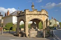 Lancez la croix sur le marché, village de cheddar, Somerset, Royaume-Uni images libres de droits