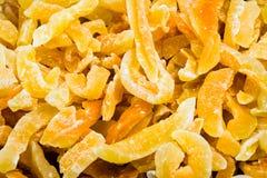 Lancez sur le marché qui vendent des fruits déshydratés de mangue Photographie stock libre de droits