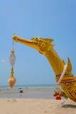 Lancha a remolque real Suphannahong imagen de archivo