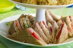 Lanche dos sanduíches e dos rolos de salsicha Imagens de Stock