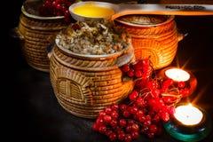 Lanci con il kutia - pasto dolce di Natale tradizionale in Ucraina, in Bielorussia ed in Polonia Immagini Stock