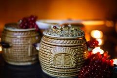 Lancia con il kutia - pasto dolce di Natale tradizionale in Ucraina, in Bielorussia ed in Polonia, sulla tavola di legno, il fond Immagine Stock Libera da Diritti
