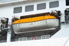 Lancia di salvataggio della nave di passeggero Immagini Stock