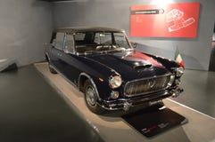 Lancia Flaminia presidenziale på Museo dell'Automobile Nazionale Royaltyfria Foton