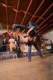 Lanciare degli artisti di Capoeira Fotografia Stock Libera da Diritti