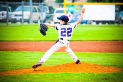 Lanciatore di baseball della gioventù Fotografie Stock