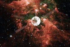 Lancio del veicolo spaziale in spazio Bellezza di spazio cosmico illustrazione di stock
