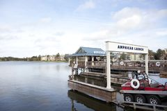 Lancio di Amphicar alle primavere di Disney Immagini Stock