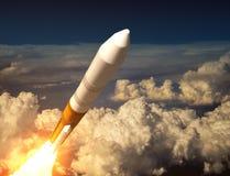 Lancio Rocket In The Clouds del carico illustrazione di stock