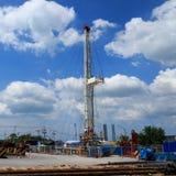 Land-Ölplattform im Yard Lizenzfreie Stockbilder