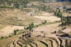 Land en berg royalty-vrije stock afbeelding