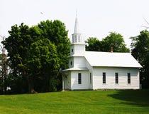 Land-Kirche-Sommerzeit Lizenzfreies Stockbild