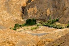 Land, Ladakh, India op de maan stock foto's
