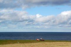 Land nahe Küste Lizenzfreie Stockbilder
