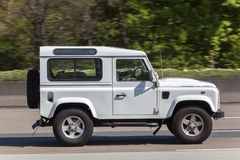 Free Land Rover Defender 90 On The Highway Royalty Free Stock Photo - 91730955