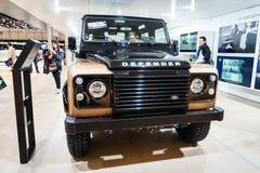 Land Rover Discovery Defender, Autoausstellung Genf 2015 Lizenzfreie Stockbilder