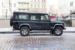 Land Rover jeep 4 x4, Range Rover på gatan Loppfoto Royaltyfria Foton