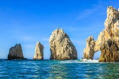 Land's End: las formaciones de roca famosas de Cabo San Lucas Imagen de archivo libre de regalías