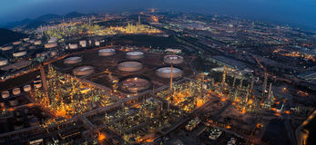 Land scape of Oil refinery plant Royalty Free Stock Photos