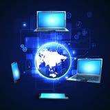 Land und Faltblatt hochladen Dateien über dem Internet Stockbilder