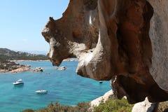 Landascape de Smeralda de la costa de Italia Sardegna fotos de archivo libres de regalías