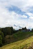 Landbouwbedrijf in de Alpen Royalty-vrije Stock Afbeeldingen