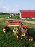 Landbouwbedrijf: schuur en dorser royalty-vrije stock fotografie