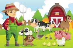 Landbouwer bij het landbouwbedrijf met dieren Stock Afbeeldingen