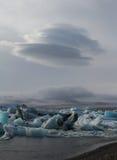Landcape con la nuvola ed il ghiaccio fotografie stock libere da diritti