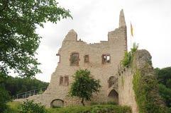 Landeck城堡废墟(城镇Landeck) 免版税图库摄影