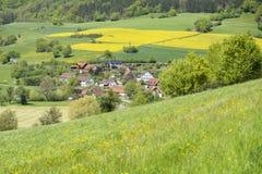 Landelijk de lentelandschap royalty-vrije stock fotografie