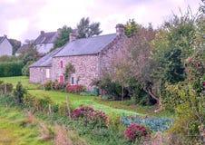 Landelijk huis in Frans Bretagne Stock Afbeeldingen