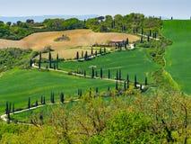 Landelijk Italiaans landschap in de lente royalty-vrije stock afbeelding