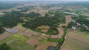 Landelijk landschap in centraal China, luchtfotografie stock footage