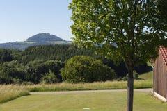 Landelijk landschap in de zomer stock afbeelding