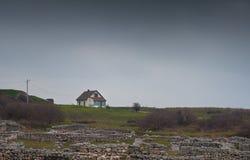 Landelijk oud plattelandshuisje Stock Afbeeldingen