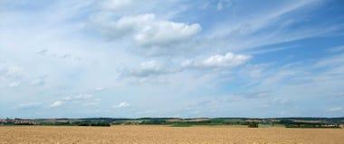 Landelijk panoramisch landschap in Zuidelijk Duitsland stock foto's
