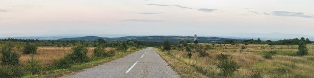 Landelijk weg breed toneelpanorama stock afbeeldingen